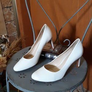 NWOT Alex Marie Leather Ella Heel White Patent 9